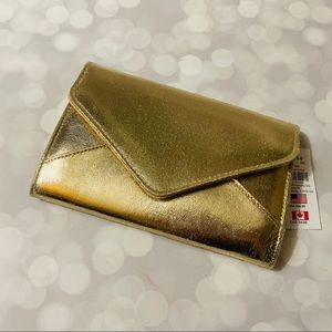 BNWT Claire's Gold Envelope Clutch